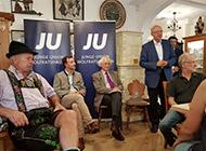 Prof. Dr. Otto Wulff bei einer Sitzung der Jungen Union in Bayern