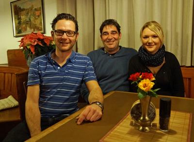 """Elisa Kaiser, Michael Stegmaier und Daniel Maurer haben gemeinsame den """"Baumgarten"""" übernommen."""