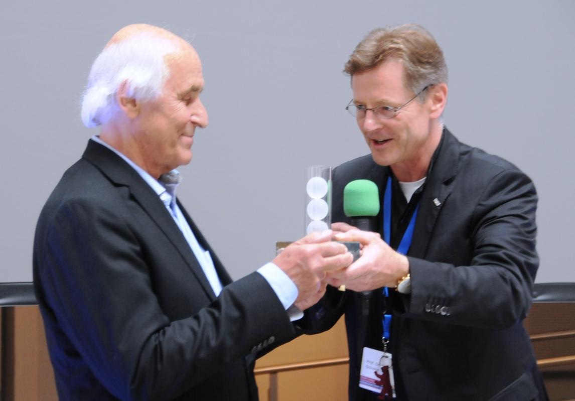 Life Achievement Award der DGTA für Bernd Schmid