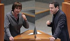 Monika Düker und Arndt Klocke am Rednerpult