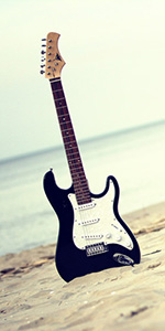 Guitar at the beach - TELL's VALLEY