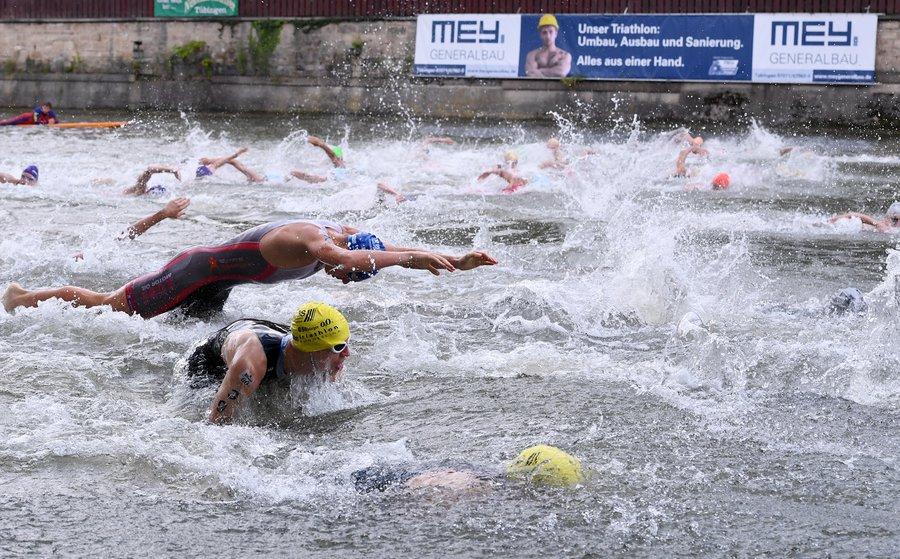 Schwimmen beim Mey Generalbau Triathlon