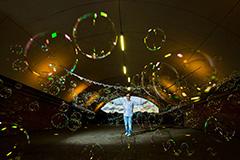 Seifenblasenkünstler Paris Bubbles
