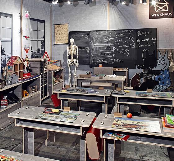 Werkhaus Display Schule