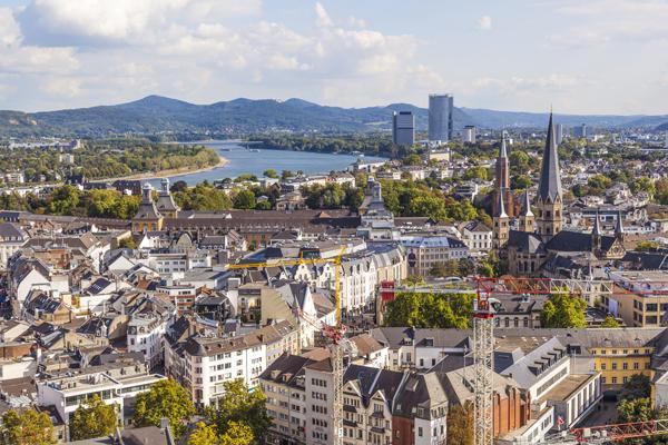 Bonn_copyright_JoergHackemann_Fotolia.jpg