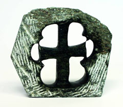 Steinkreuz aus Simbabwe für Religionsfreiheit