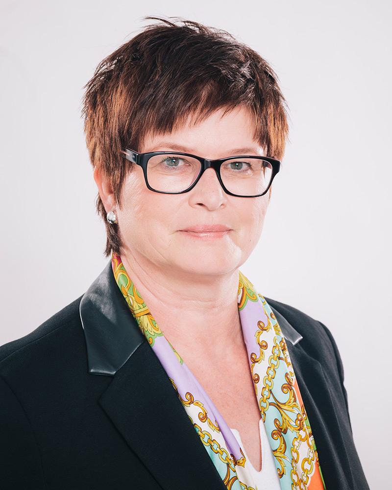 Prof. Dr. Karin Luckey