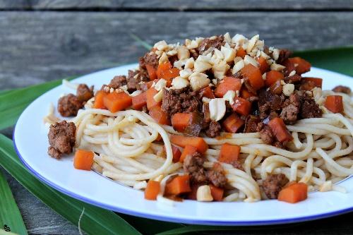 "Spaghetti Bolognese ""Thai-Style"""