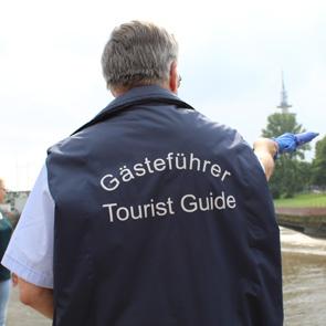 Gästeführer Peter Grimm von hinten