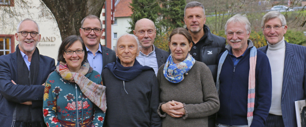 Dirk Ahlhaus, Angela Krumpen, Fernand Braun, Willigis Jäger, Paul J. Kohtes, Dorsi Zölls, Alexander Poraj, Matthias Lauterbach, Hans Wielens (v.l.n.r.)