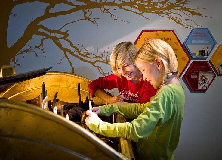 Ausstellung - Kinder im Herbst