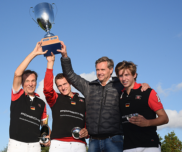 Youpooly Polo Challenge 2015 - Siegerteam Porsche