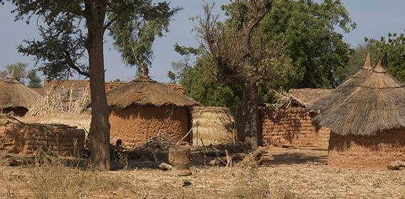 Symbolbild: Dorf in Burkina Faso