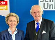 Ursula von der Leyen mit Dr. Otto Wulff