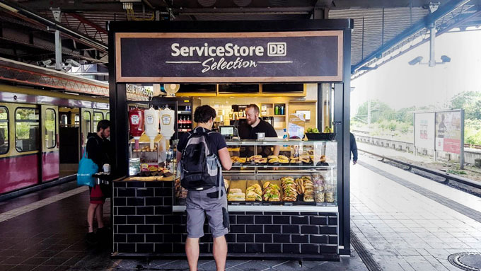 ServiceStore DB Selection