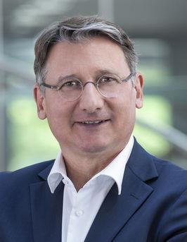 Dr. Stefan Hanekopf