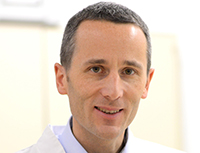 Foto/UKM: Univ.-Prof. Alexander Mellmann, Leiter des Instituts für Hygiene am UKM.