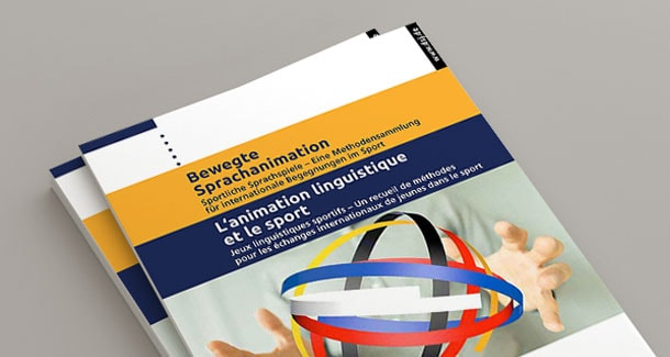Photo of the brochure in German and French