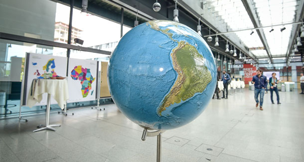 The photo shows a globe.