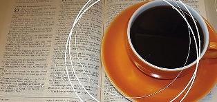 Bibel im Café