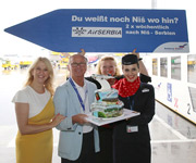 Erstlandung Air Serbia