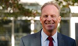 Dr. Niels Kämpny