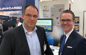 Michael Krohn mit Dr. Berend Lindner auf der Transportlogistik in München