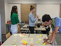 Studierende entwickeln ihre Ideen weiter