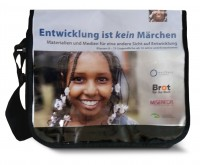 """BildungsBag """"Entwicklung ist kein Märchen"""" Quelle: shop.brot-fuer-die-welt.de"""