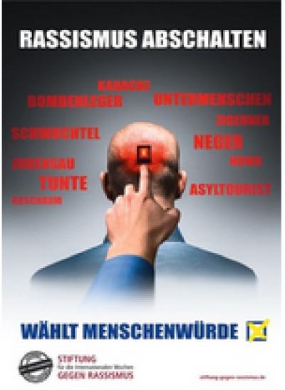 Rassismus abschalten: Flyer zu den Internationalen Wochen gegen Rassismus 2019. Quelle:stiftung-gegen-rassismus.de/shop