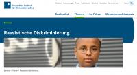 """Screenshot Themenseite """"Rassistische Diskriminierung"""". Quelle: institut-fuer-menschenrechte.de"""