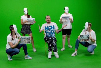 "Szene aus dem Musikvideo zum Song ""Lebenselixier"". Quelle: CBM Christoffel-Blindenmission Christian Blind Mission e.V."