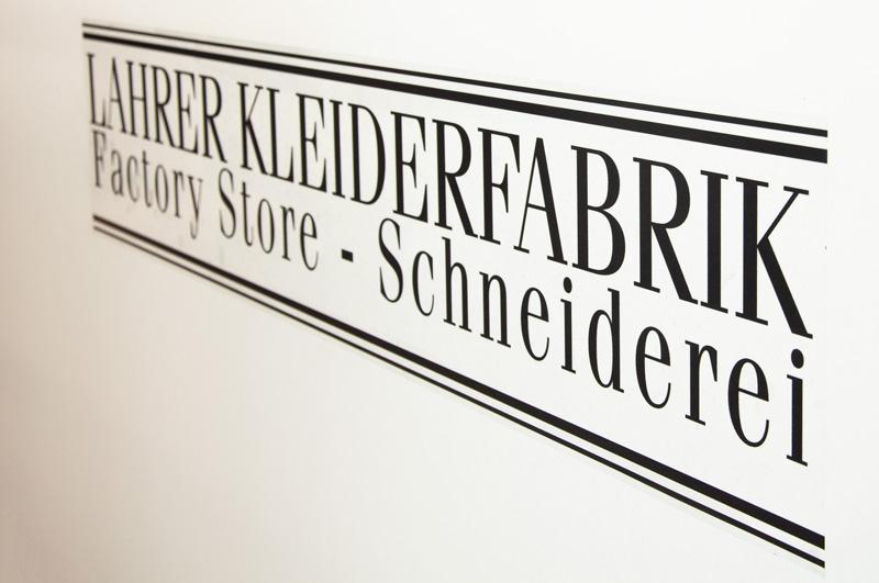 Neu: Schneiderei in der Lahrer Kleiderfabrik