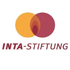 Das Logo der INTA-Stiftung in orange und rot