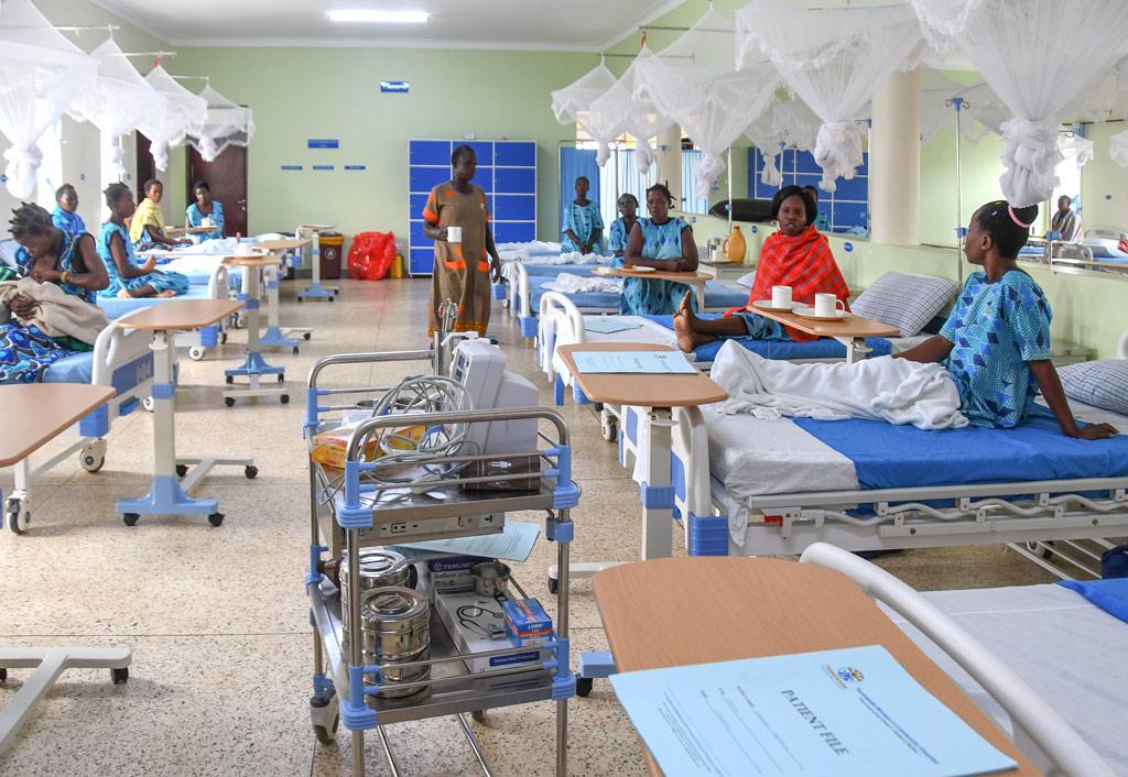 der grosse Krankensaal Fistula Hospital Uganda