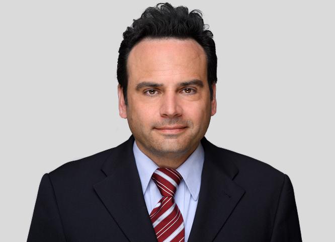 Dr. Nicolas Menzel
