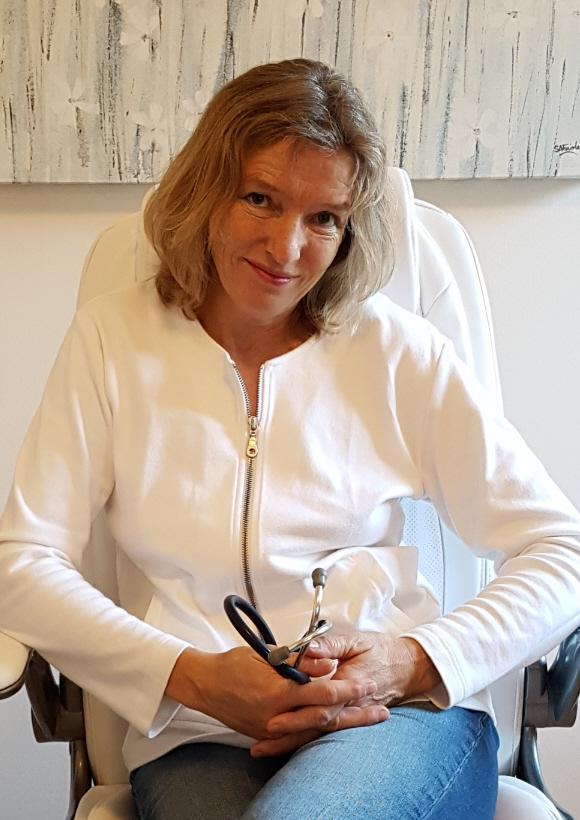 Dr. Eva Sauberer