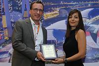 Prof. Dr. Jan H. Schumann von der Universität Passau ist mit dem diesjährigen Emerging Service Scholar Award der AMA SERVSIG ausgezeichnet worden