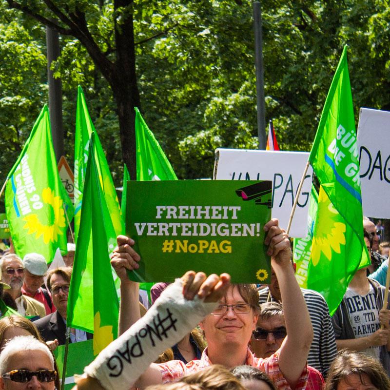Bild von der NoPAG-Demo in München im Sommer 2018