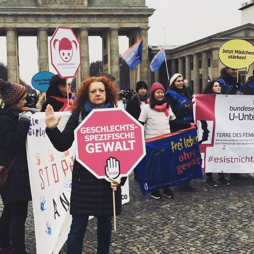 Margarete Bause bei Protest
