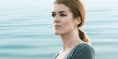 Mit klarem Geist durch die Krise: Achtsamkeitstrainerin Marte Kamzelas im Interview