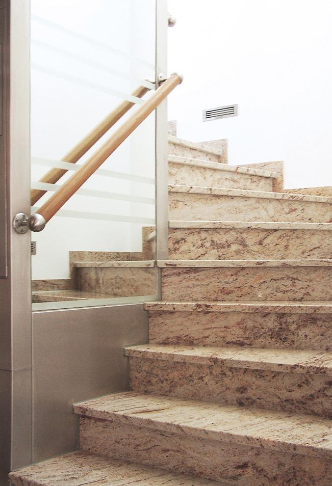 Shiwakashi Treppe