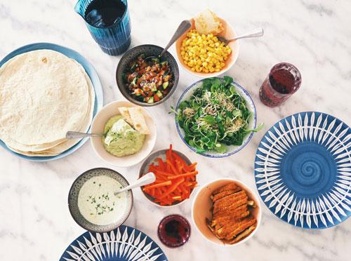 Devah Let's eat together Shelita