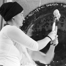 Devah Gong mit Ada