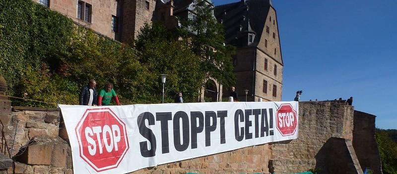 Protest gegen CETA, Februar 2017 / Foto: Mirko Milovanovic / Campact