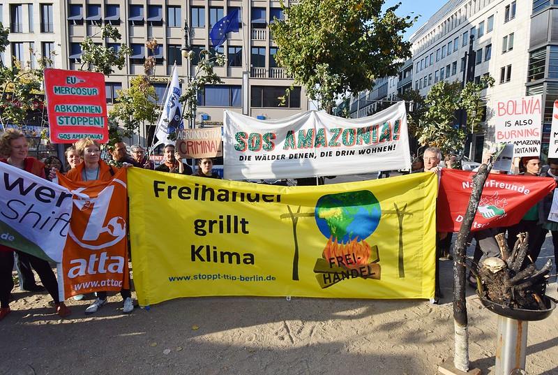 """""""Nein zu EU-Mercosur"""" Aktion am 24.9.2019 // Foto: Uwe Hiksch"""
