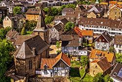 Kleinstadt in Vogelperspektive