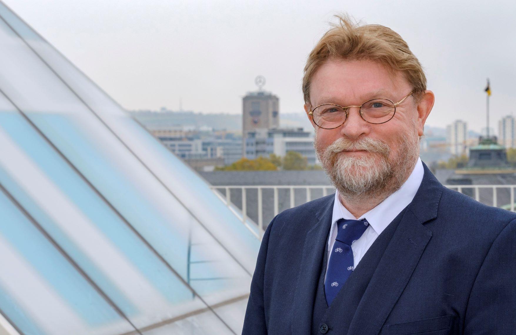 Dr. Uwe Lahl