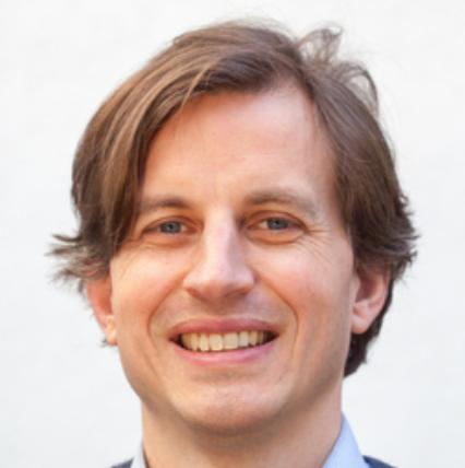 Dr. Nicolas Scharioth