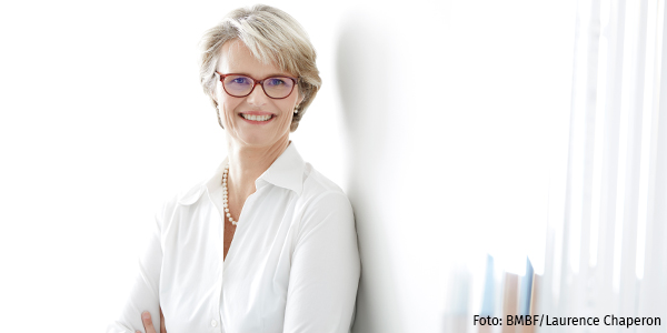 Porträt Anja Karliczek
